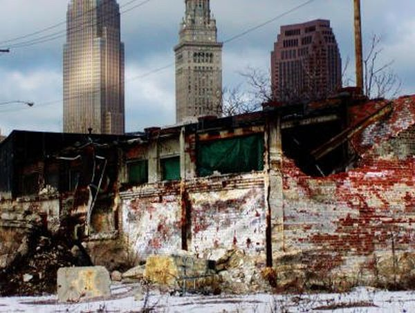 A typical, Democrat-run ghetto. This time, Cleveland.
